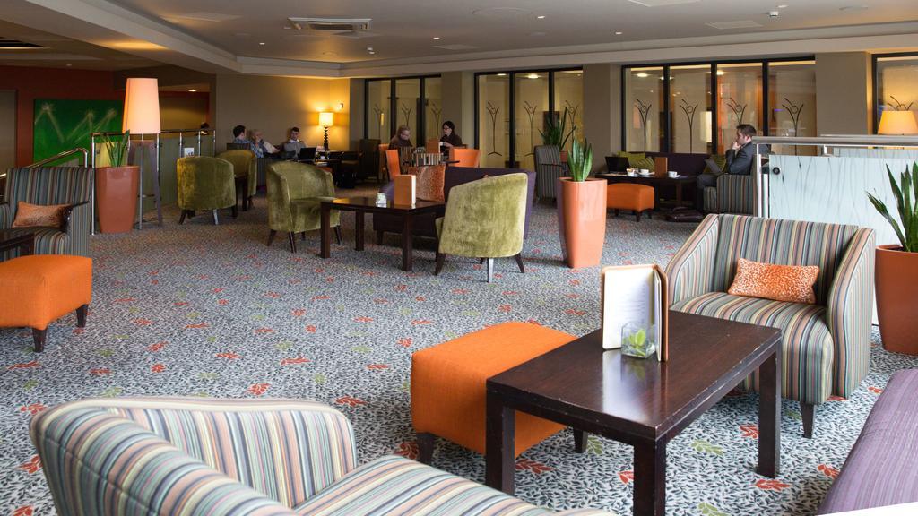 Stratford Lounge